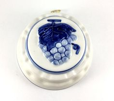 Vintage Delft Blue Mold from Dutch American by TaylorJonesAntiques
