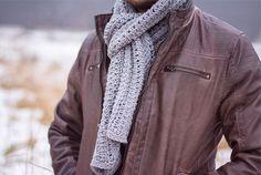 Tunische sjaal haken - Wolplein.nl   Alles voor breien en haken! Mitten Gloves, Mittens, Tunisian Crochet, Needlework, Raincoat, Jackets, Knitted Scarves, Tops, Model