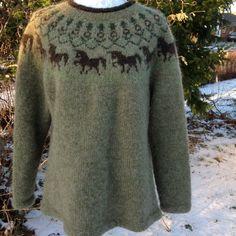 thybodesign Sweater Knitting Patterns, Cardigan Pattern, Knitting Designs, Knitting Projects, Fair Isle Knitting, Hand Knitting, Etnic Pattern, Icelandic Sweaters, Nordic Sweater