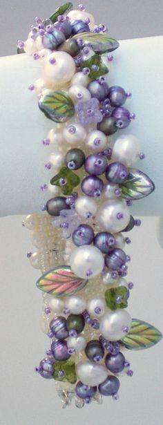 lavender-green-pearl-embellished-bracelet