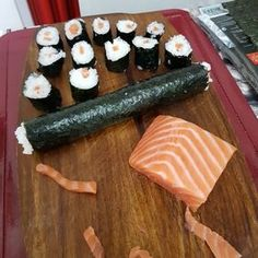 Sushi Co, Oriental, Aesthetic Food, Good Mood, Nom Nom, Food And Drink, Lunch, Cheese, Meals