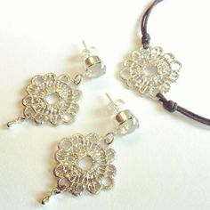 Silver lace set