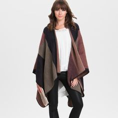 Stay warm in our reversible wrap, featuring an on-trend light gray rose design on one side and solid burgundy on the other. This all-weather layering piece can be dressed up or down.