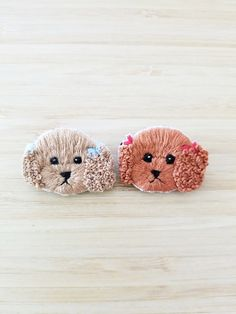 Embroidery Art, Embroidery Stitches, Diy Embroidery For Beginners, Sewing Art, Punch Needle, Brooches, Needlework, Sticker, Illustration