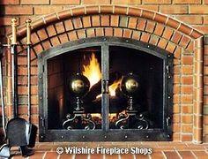 Brick arched fireplace with David Kimberly fireplace door Fireplace Glass Doors, Santa Fe Plaza, Brick Arch, Hermosa Beach, Fireplace Accessories, Custom Design, Home Appliances, Study Ideas, Wood