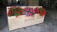 DIY Wooden Pallet Flower Planter | 99 Pallets