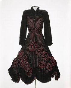 Mitsuko - Kleding op maat, textiele vormgeving in wol, zijde en andere materialen - Opdrachten
