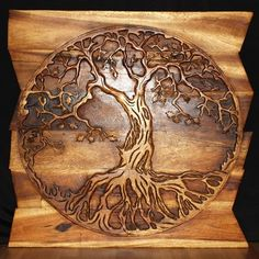 Haussmann Handmade Wood Tree of Life Round Wall Panel on Uneven Boards 36 in x 36 in Walnut Oil Dremel Wood Carving, Wood Carving Art, Wood Burning Crafts, Wood Crafts, Wood Burning Pen, Pallette, Monkey Pod Wood, Wood Carving Patterns, Wood Carving Designs