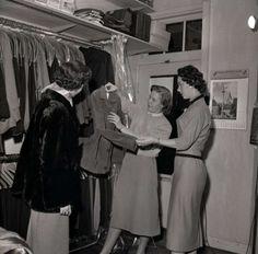 Tweka Rutgers 1956, Winkel a/d Mathildelaan