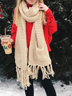 outfit of the day, ootd, street style, fall fashion, lifestyle blog, diy, gift guide, gifts for her, gifts for him, nyc blogger, fashion blogger, college blogger, oversized knit scarf, winter fashion, winter accessories