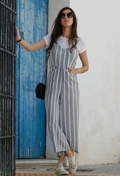 Look by @elen_blanco with #mango #bershka #sneakers #stripes #pullbear #converse #jumpsuits #bags #date #trendy #tshirts #shopping #casuallycasual #whitetshirts #rockingsneakers #blackbags #grayjumpsuits.
