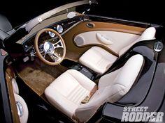 1103sr 04 O+1933 Ford Roadster+interior