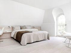 Google Afbeeldingen resultaat voor http://www.interieur-inrichting.net/afbeeldingen/2012/12/witte-serene-slaapkamer-thomas-heidi.jpg