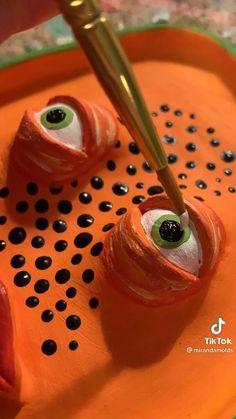 Ceramic Clay, Ceramic Pottery, Pottery Art, Sculptures Céramiques, Sculpture Clay, Diy Clay, Clay Crafts, Diy Cadeau Noel, Keramik Design