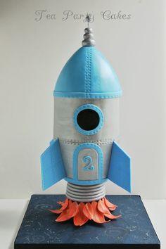 3D Rocket Ship cake. Tutorial available in pdf format. http://www.facebook.com/TeaPartyCakesbyNaomi