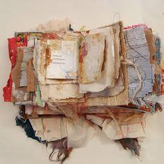 35 new Ideas for book art inspiration paper sculptures Art Journal Pages, Journal Covers, Junk Journal, Handmade Journals, Handmade Books, Altered Books, Altered Art, Fabric Journals, Art Journals