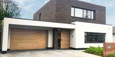 Archief Projecten - Uw specialist in bedrijfs- en garagedeuren - Different Doors Garage Door Design, Garage Doors, Bamboo Screen Garden, Small Modern Home, Home Renovation, Bungalow, Cool Photos, New Homes, Exterior