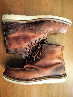 Red Wing Heritage 1907 Moc Boot - Color: Copper Rough and Tough Red Wing Boots, Red Wing Heritage Boots, Red Wing Moc Toe, Fashion Boots, Mens Fashion, Abercrombie Men, Men S Shoes, Beard Styles, Leather Boots