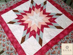 Quilting feito no trabalho de patchwork da nossa cliente, Lania Sebaio. Quilting we did for our customer, Lania Sebaio.  www.facebook.com/designbynana