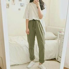 Korean Fashion Trends you can Steal – Designer Fashion Tips Korean Girl Fashion, Korean Fashion Trends, Korean Street Fashion, Ulzzang Fashion, Korea Fashion, Cute Fashion, Asian Fashion, Style Fashion, Winter Fashion