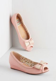 Spring Zing Wedge in Bubblegum. Add a splash of springtime charm to your ensemble with these vintage-inspired, pale pink wedges from Bettie Page. #pink #bridesmaid #modcloth