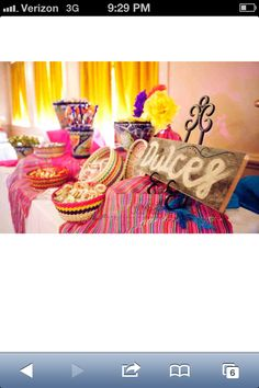 Mexican sweets table Fiesta Theme Party, Taco Party, Party Themes, Party Ideas, Mexican Candy Table, Mexican Party, Birthday Brunch, Pink And Gold, Wedding Decorations