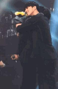 My Tumblr - creamismine: Jaehwan hugging his crying hyung.