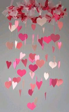 Pink Nursery Heart Mobile -- love this. Also could be made for Valentine's Day for fun. Diy Valentine's Day Decorations, Valentines Day Decorations, Valentine Day Crafts, Valentine Heart, Easy Crafts, Diy And Crafts, Crafts For Kids, Paper Crafts, Mobiles Art