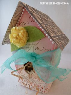 Sizzix Die Cutting Inspiration and Tips: Picket Fence Birdhouse