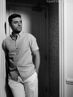 Oscar Isaac (born Óscar Isaac Hernández; March 9, 1979) is a Guatemalan-American actor and singer, best known for his lead role in Inside Llewyn Davis in 2013.