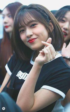 Kpop Girl Groups, Korean Girl Groups, Kpop Girls, Yuri, Japanese Girl Group, Kim Min, 3 In One, The Wiz, Girl Crushes