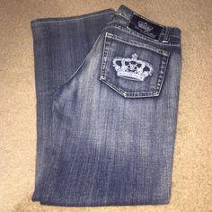 """Victoria Beckham La Coup Brand Jeans Size 28 Victoria Beckham for La Coup Jeans. 98% cotton 2 % elastane. Leg inseam 28"""". Style: Madrid. Victoria Beckham Jeans Boot Cut"""
