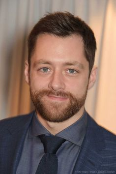 Jameson Empire Awards 2015 - VIP Arrivals-LONDON, ENGLAND - MARCH 29: Richard Rankin attends the Jameson Empire Awards 2015 at Grosvenor House on March 29, 2015 in London, England. 1024 x 1536 93KB