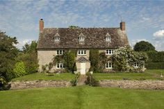 Properties For Sale in Wiltshire - Flats & Houses For Sale in Wiltshire