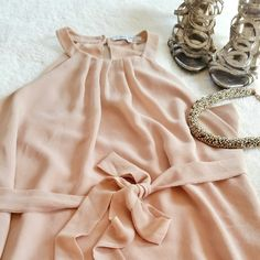 """Dusty Rose/Blush Dress Naked Zebra dusty rose/blush/nude dress. Removable waist string is there so you can create multiple different looks. Size Medium. Pit to pit is 18.5"""" and total length is 31"""". In great pre-loved condition. Naked Zebra Dresses"""