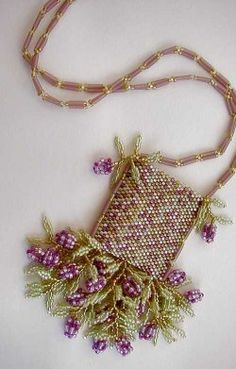Wisteria - This design is also available as instructions only at www.beadmerchantdesigns.com