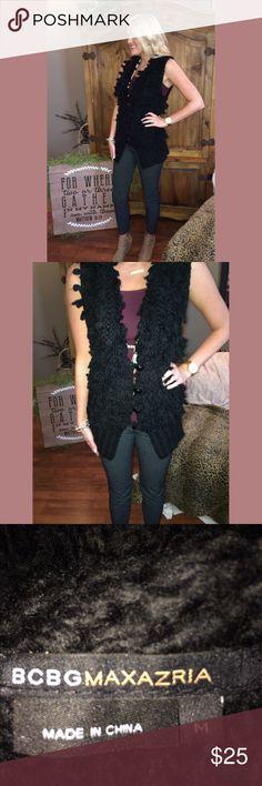 BCBGMAXAZRIA black knit vest || M || super stylish BCBGMAXAZRIA black knit vest || M || super stylish || offers welcome || no trades ✨💕 BCBGMaxAzria Jackets & Coats Vests