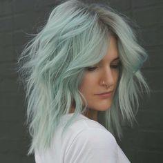 ultra minzig und auch eine frische neue Wachstumsanwendung Trends, Long Hair Styles, Beauty, Inspiration, Instagram, Fashion, Hair Color Ideas, Popular Hair Colors, Baby Blue