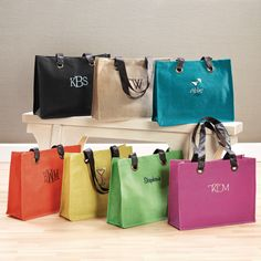 Mother of the Bride and Groom Gifts - Colorful Jute Totes | #exclusivelyweddings