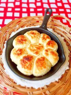 ホットケーキmixで簡単♪スキレットでちぎりパン風