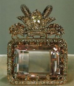 Its colour, pale pink, is one of the rarest to be found in diamonds.