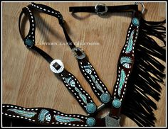 Custom tack set, Painted Indian Chief skulls and feathers, indian chief conchos, buckstitching and fringe.