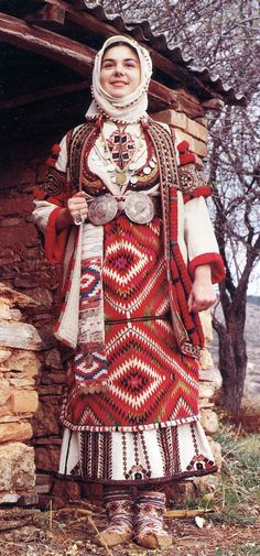 Portrait of a Macedonian bride wearing a traditional wedding dress, Skopska blatija, Macedonia Traditional Fashion, Traditional Outfits, Pinup, Ethno Style, Costumes Around The World, Traditional Wedding Dresses, Traditional Weddings, Ethnic Dress, Gorgeous Wedding Dress