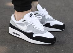 Nike Air Max 1 'Wolf Grey' is part of Grey nike sneakers - Grey Nike Sneakers, Nike Air Shoes, Casual Sneakers, Air Max Sneakers, Shoes Sneakers, Kd Shoes, Nike Socks, Mens Fashion Shoes, Sneakers Fashion