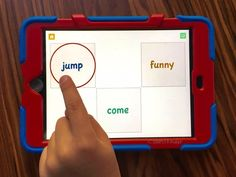 FREE Kindergarten Apps for Reading that your students will love! Everything from working on the alphabet to writing sentences. Kindergarten Language Arts, Kindergarten Literacy, Literacy Activities, Ipad Apps, Learning Apps, Reading Intervention, Blended Learning, Abcs, Guided Reading
