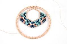 Creoles Weaving Brick Stitch Miyuki on two spacers 9 Beaded Crafts, Jewelry Crafts, Beaded Rings, Beaded Bracelets, Brick Stitch Earrings, Beaded Christmas Ornaments, Beaded Jewelry Patterns, Bead Weaving, Loom Beading