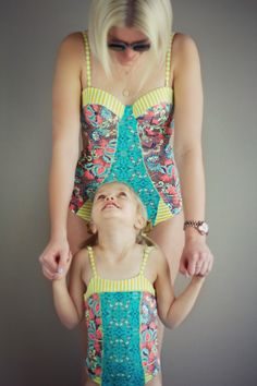 awe this is adorable! Maternity Swimwear, Kids Swimwear, Baby Mine, Mom And Baby, Mommy And Me Outfits, Cute Outfits, Mom Daughter, Daughters, Vintage Swimsuits