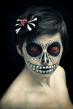 halloween nail art - sugar skull