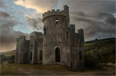 Poster Clifden Castle at the sunset