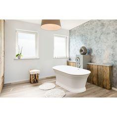 Jacuzzi Lyndsay White Acrylic Oval Freestanding Bathtub #jacuzziluxurybath